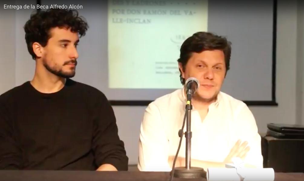 Ceremonia entrega de Beca Alcón a Guido Pietranera