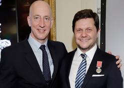 Order of the British Empire Medal para nuestro presidente, Patricio Orozco